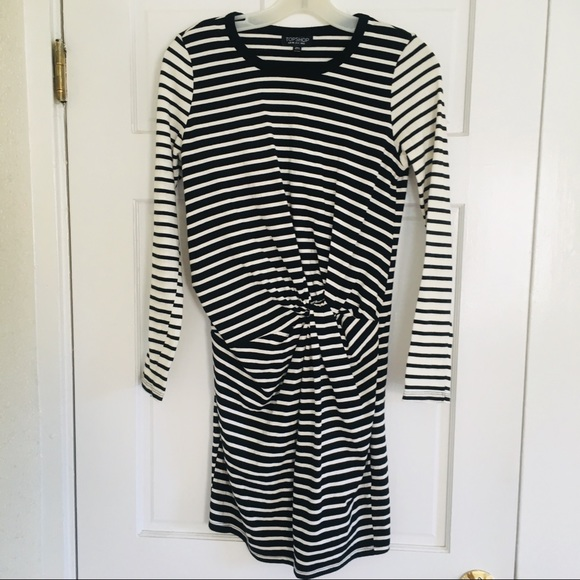 Topshop Dresses & Skirts - TopShop Striped Black and White Stretchy Dress